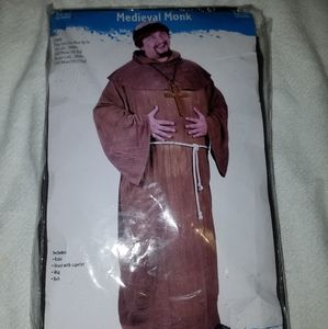 Plus size midevil monk costume